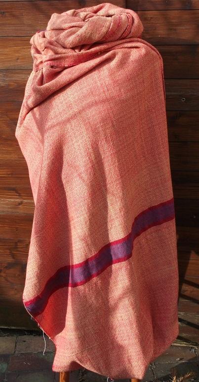 Handgewebter Woll Stoff für einen Klappenmantel mit genau plaziert eingewebten Streifen