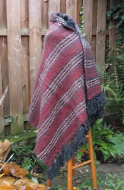 Warmes Umschlagtuch aus Wolle