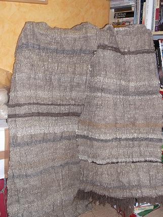 Handgewebter Stoff für einen Klara Mantel