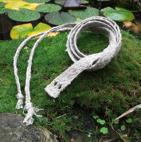 Bruchengürtel : brettchengewebtes Naturleinen