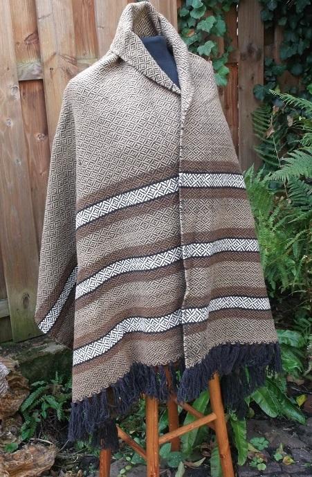 Plaid aus Wolle in Dimantköper