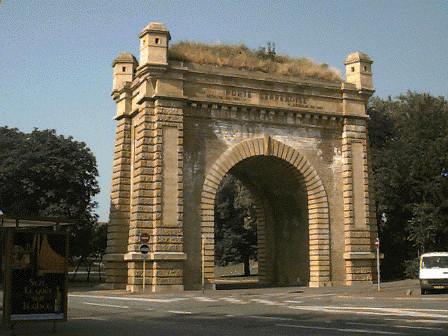 Porte Serpenoise monument historique
