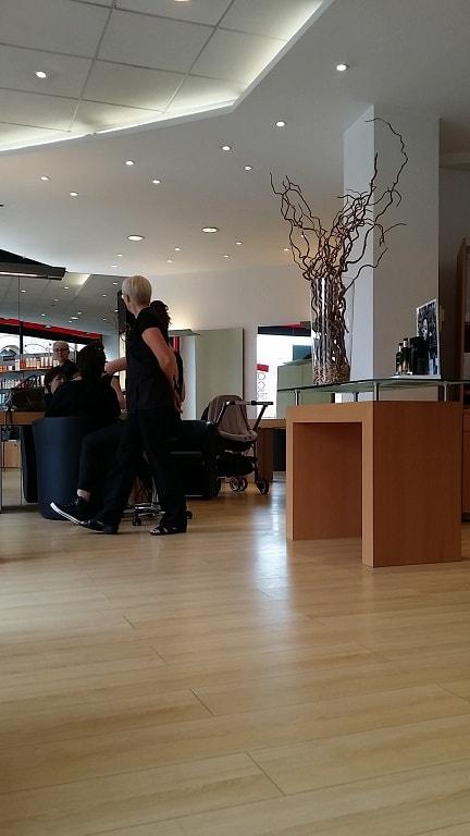 Salon coiffure modshair metz - poste de coiffure