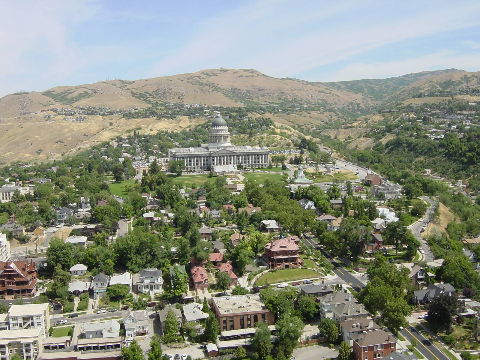 Blick vom Dach des Church Office Building zum State Capitol
