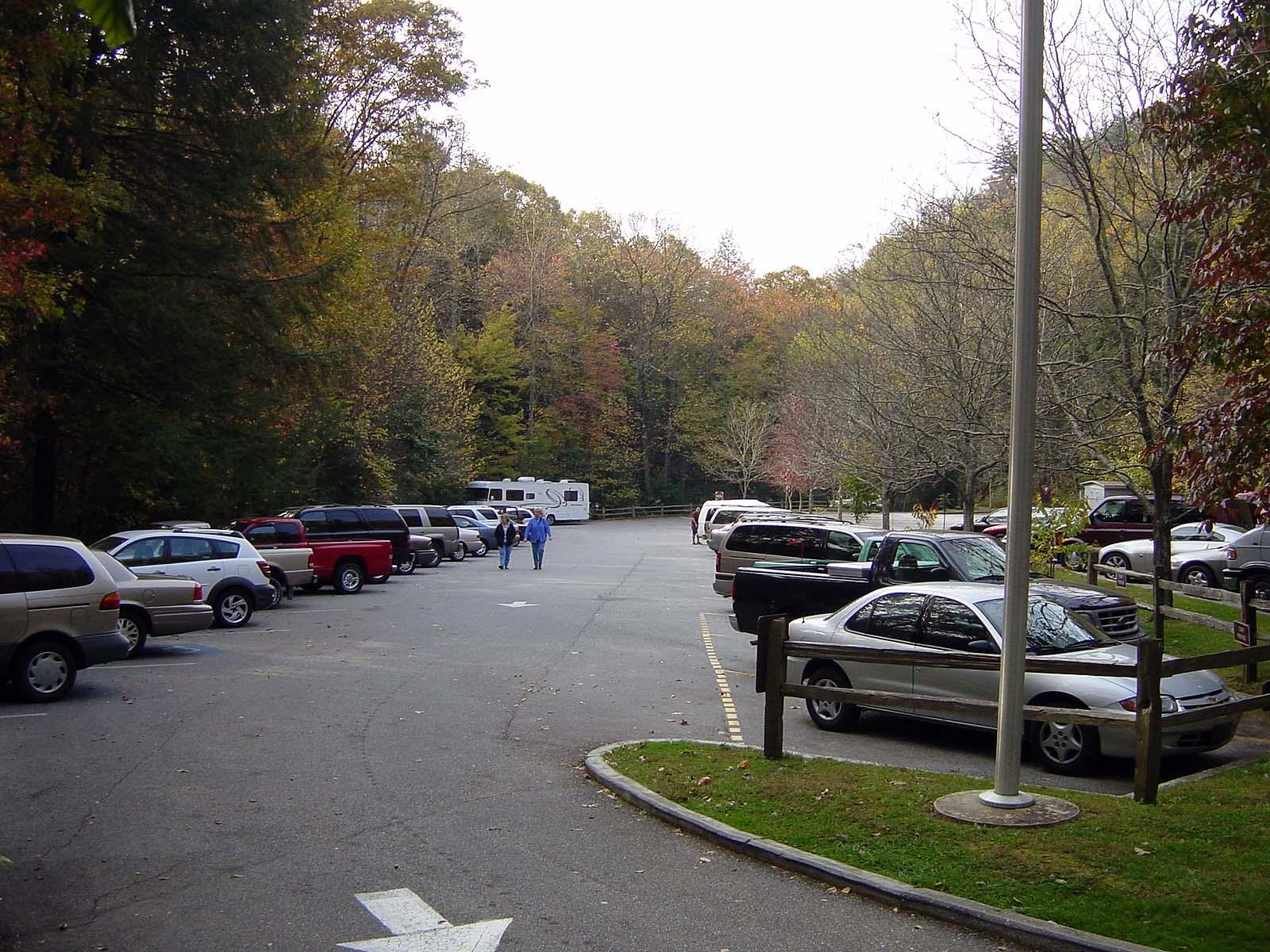 Anna Ruby Falls, Parkplatz