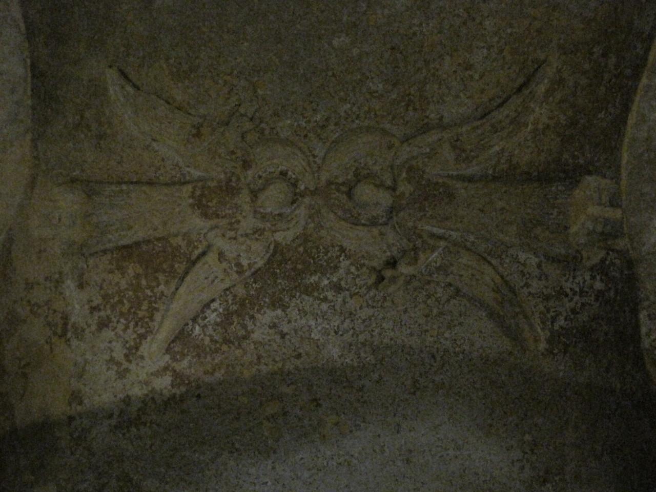sous le regard des keroubins de l'église monolithe de Saint Emilion