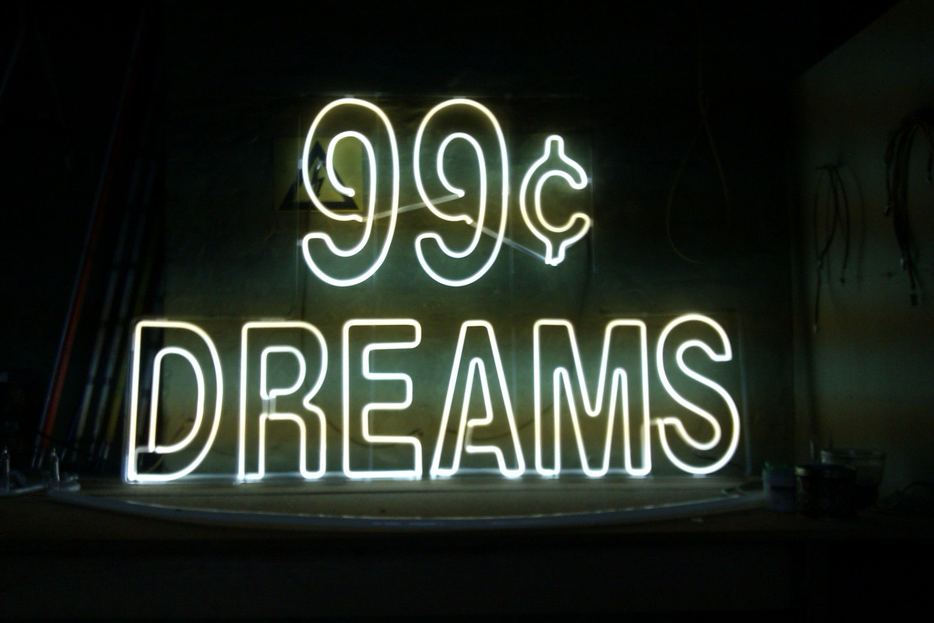 """99c Dreams"" // Neon Joecks Berlin"