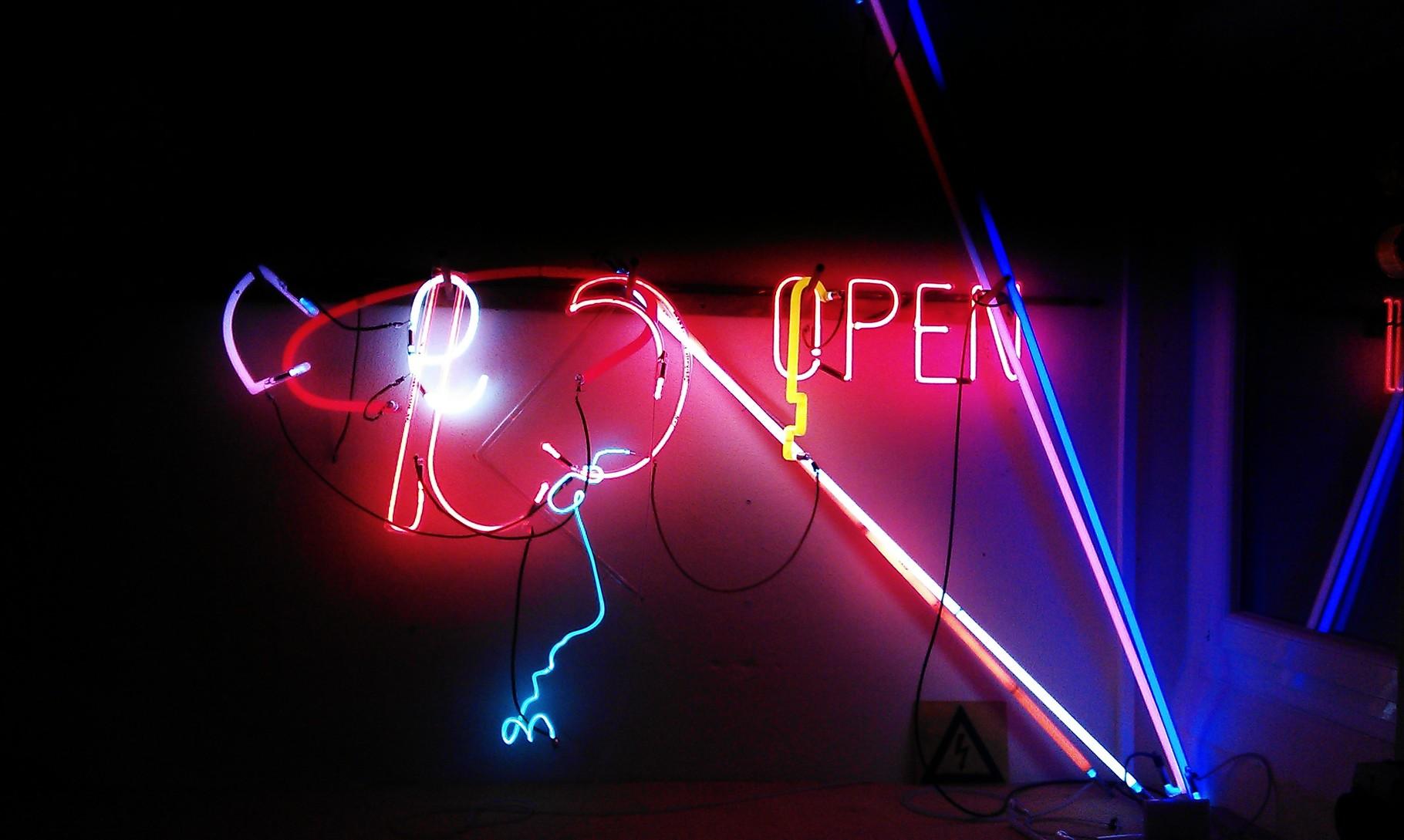 Neonobjekt Berlin : Mixed Neon // Neonjoecks Berlin