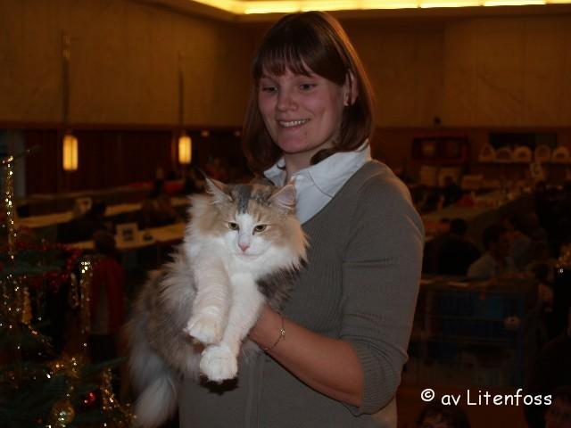 Bella auf der Show in Wr. Neudorf