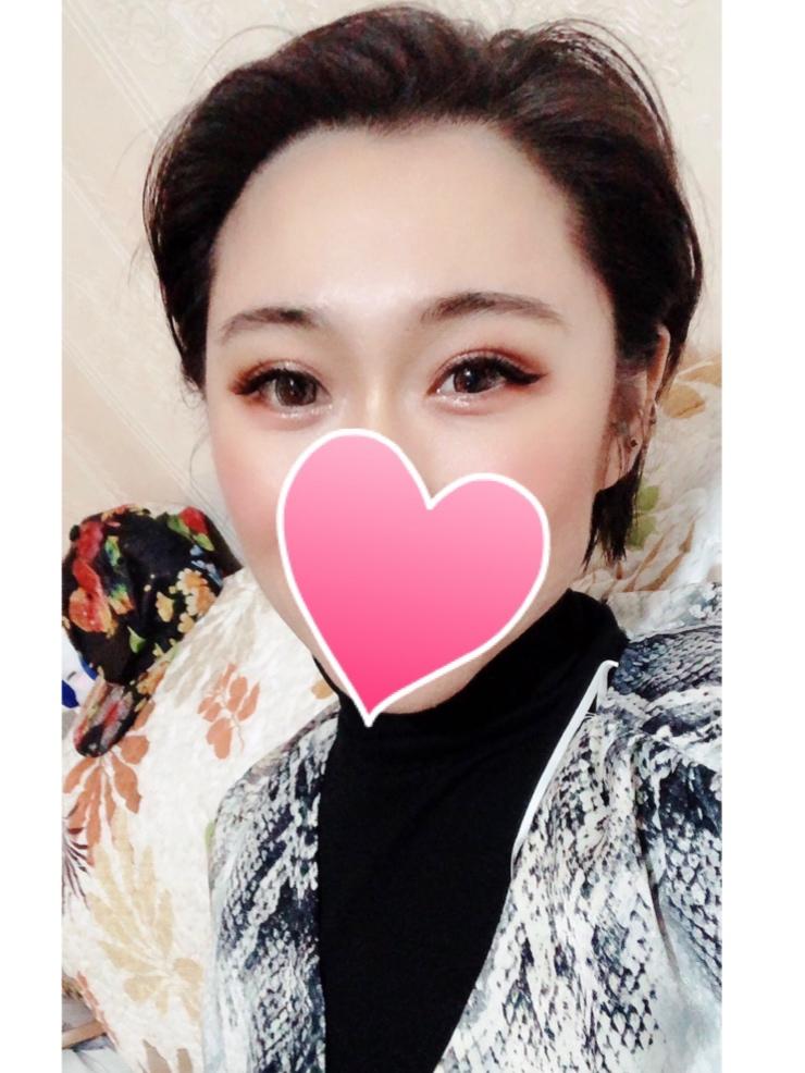 アンナ20代 中国出身 170㎝ 日本語&中国語&英語対応可能