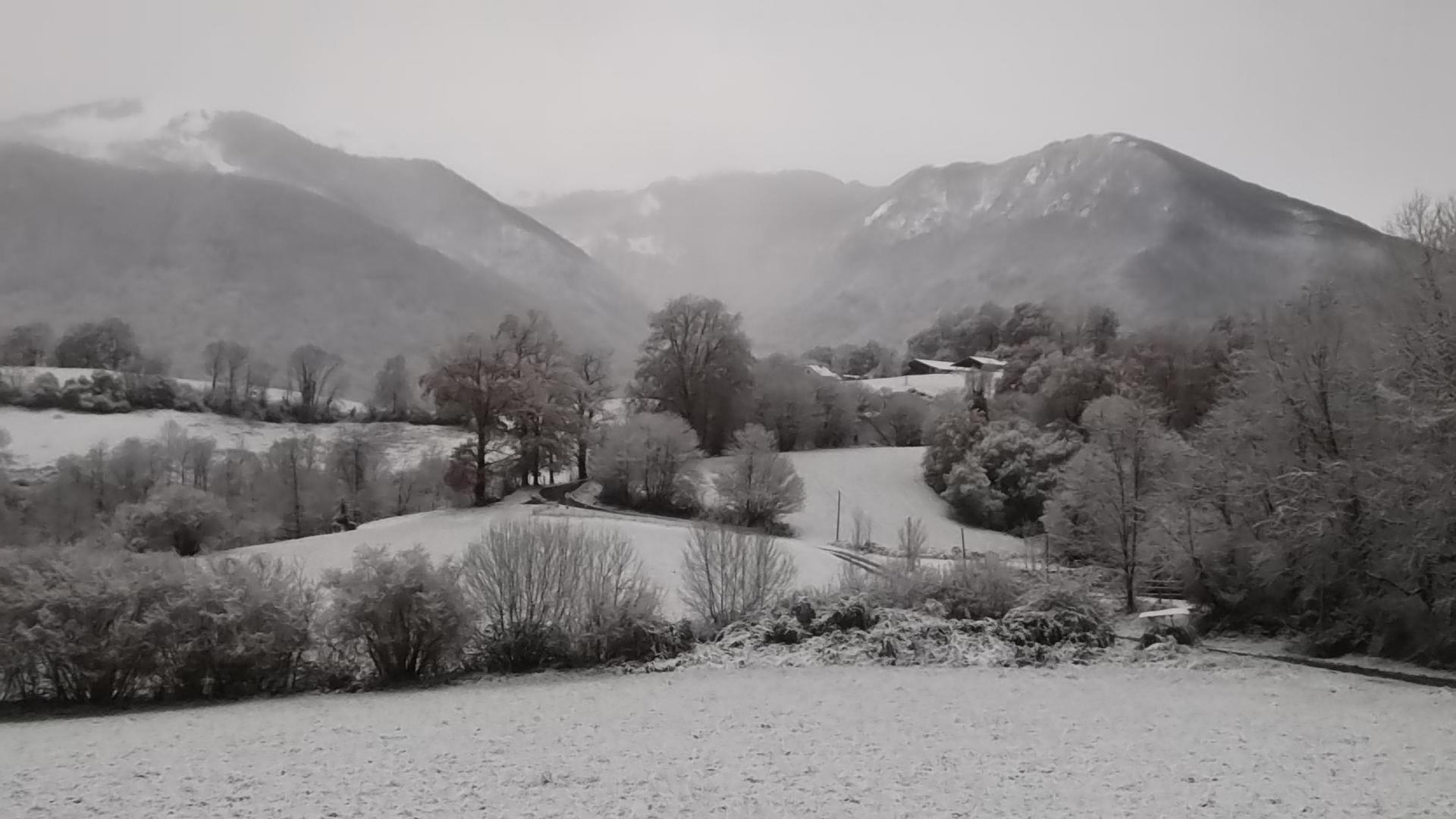 """Vue depuis la """"Bergerie"""" par temps de neige"""