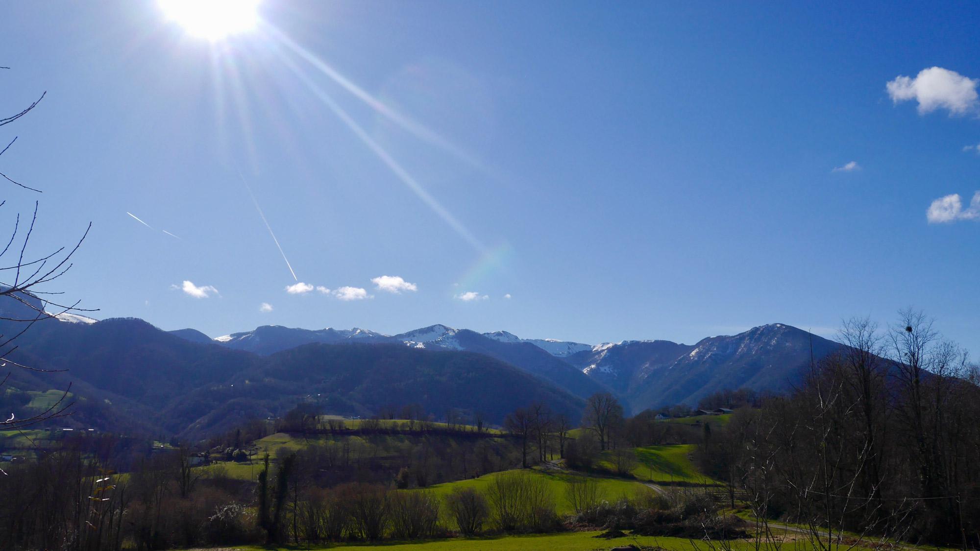 Vue depuis le gîte sur le massif du Pibeste-Aoulhet