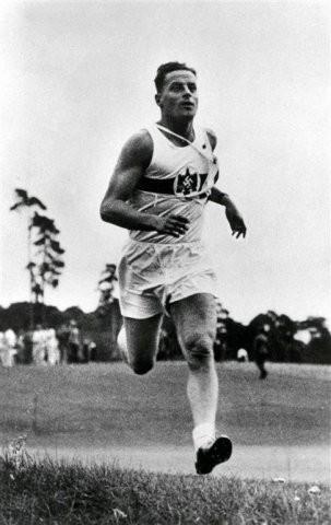 1936 Berlin: Gotthard Handrick (GER) Champion