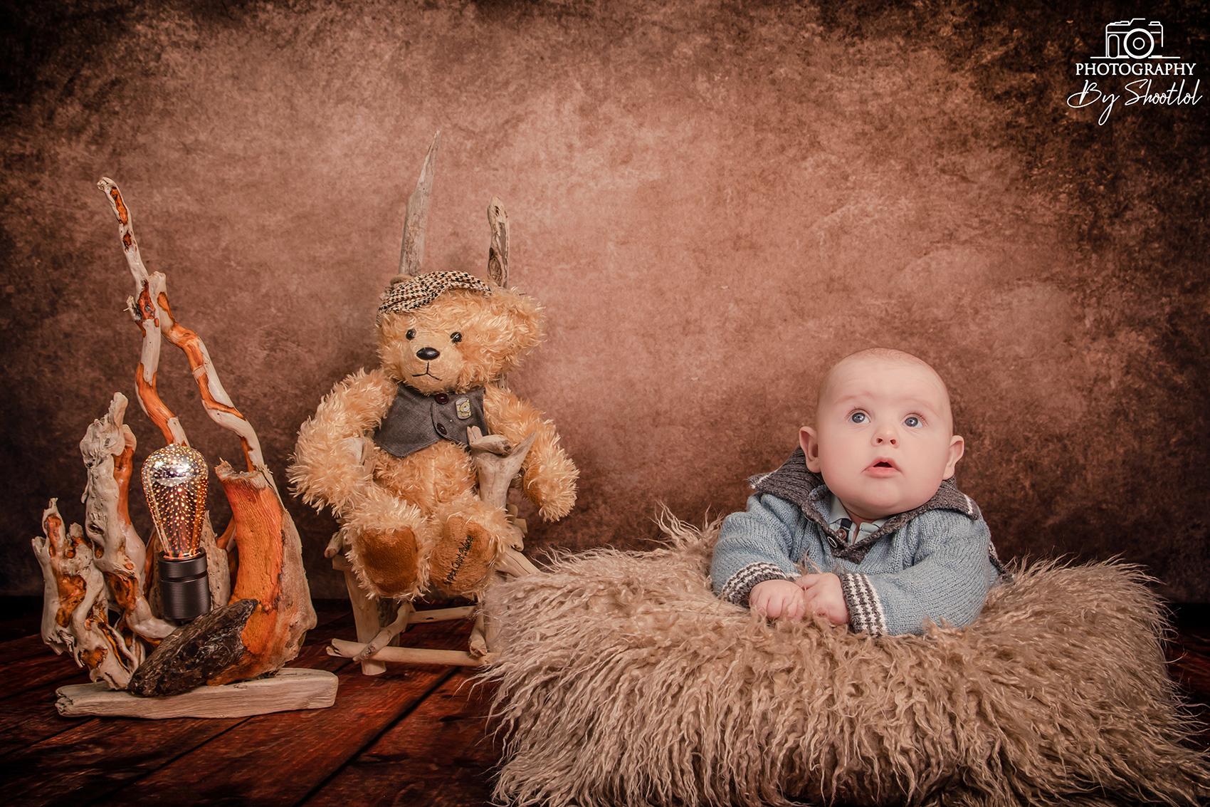 Shootlol Photographe basé dans l'Hérault ( Gigean, Poussan, Sète, Loupian, Fabrègues, Frontignan, Balaruc, Mèze, Montbazin...) Photographe pour bébé