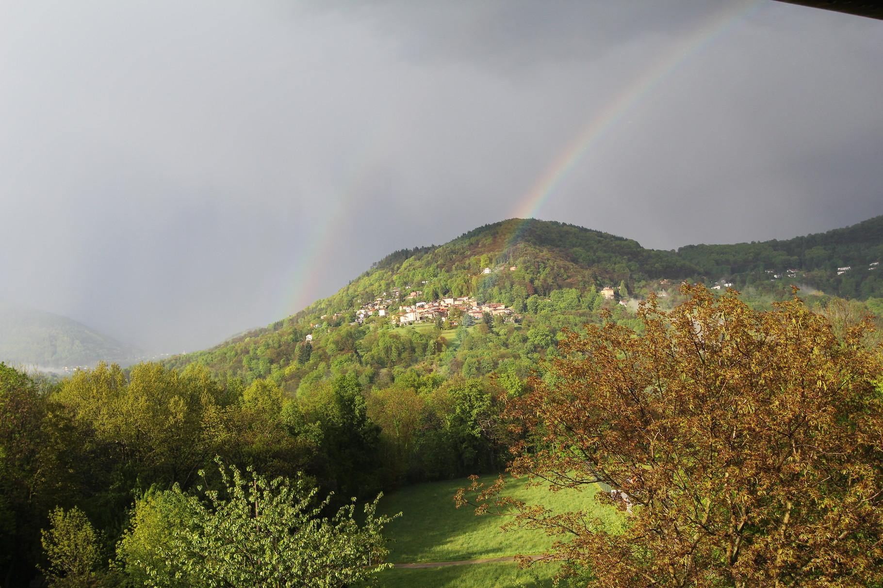 Regenbogen über Aranno