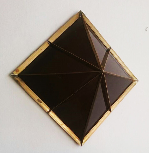 H.No.5 | 45 x 45 x 25 cm | brass, acrylic glass