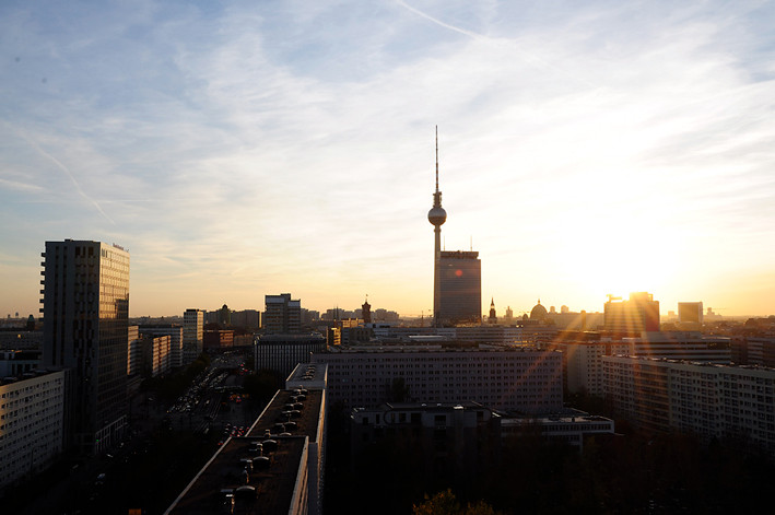 Berlin_skyline_3pm
