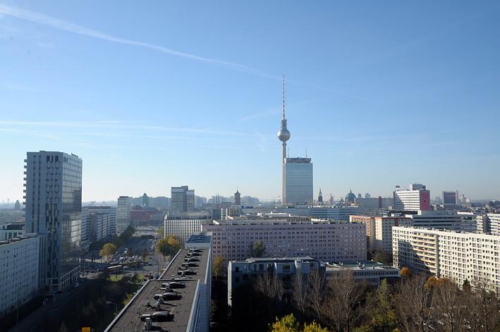 Berlin_skyline_10am
