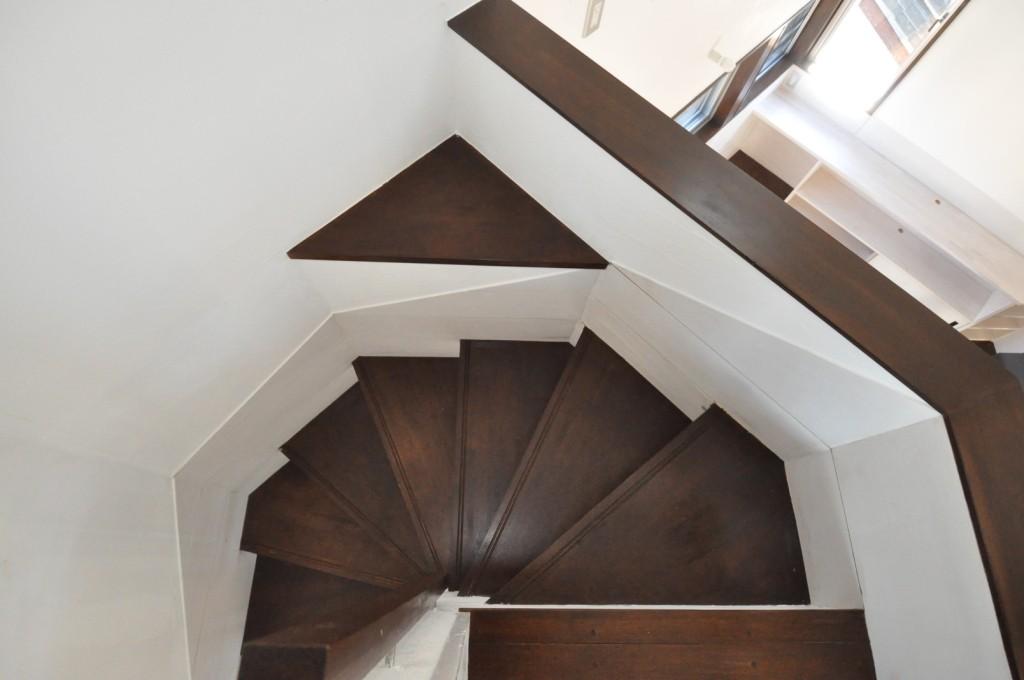 木造螺旋階段