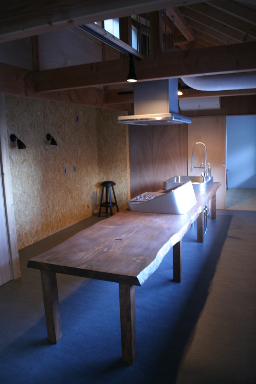 無垢板キッチン・ダイニングカウンター