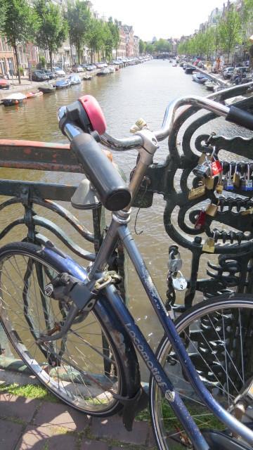 Stilleben mit Velo in Amsterdam
