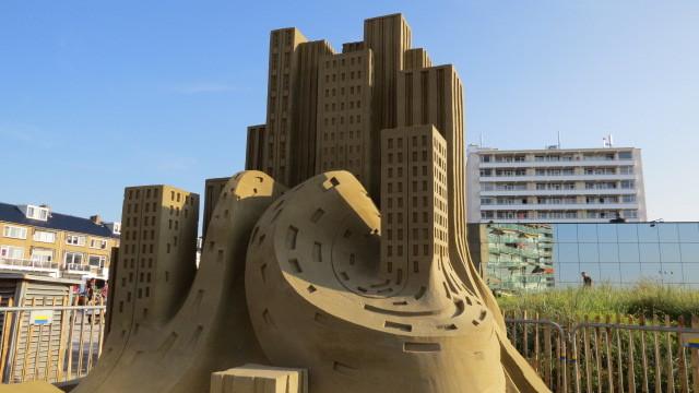 Wettbewerb der Sandbauten in Zandvoort