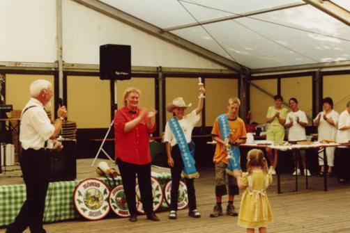 Volks- und Schützenfest: 1. Pusterohrkönigin Judith Körber