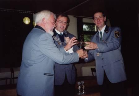 Der erste errungende Pokal für die Schützengesellschaft