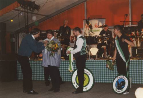 Jugendkönigin:  Ina Dubberke  ; Königin:  Cornelia Duberke  ;     König:     Rolf Abraham   ;        Pokalsieger:  Jagdgesellschaft Dedeleben