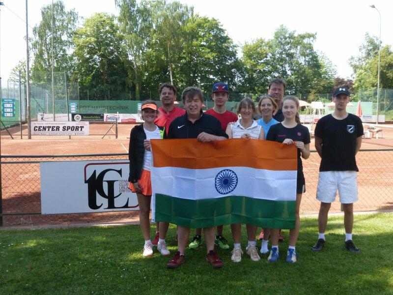 """Teamkapitän Dirk Walther """"versprach"""" seinem Team bei Erfolg eine Reise nach Indien ;)"""