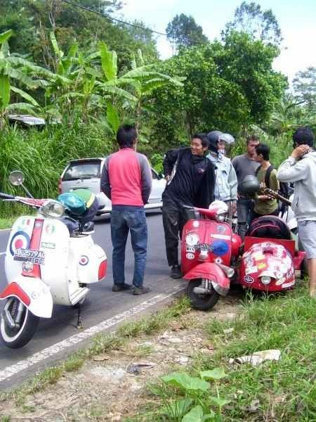 Vespas on the road