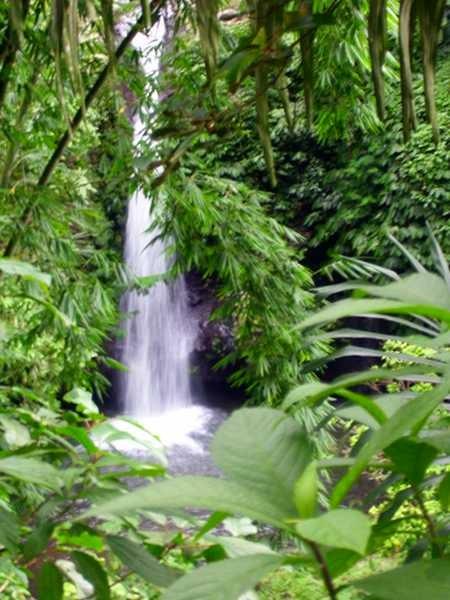 weiterer Wasserfall