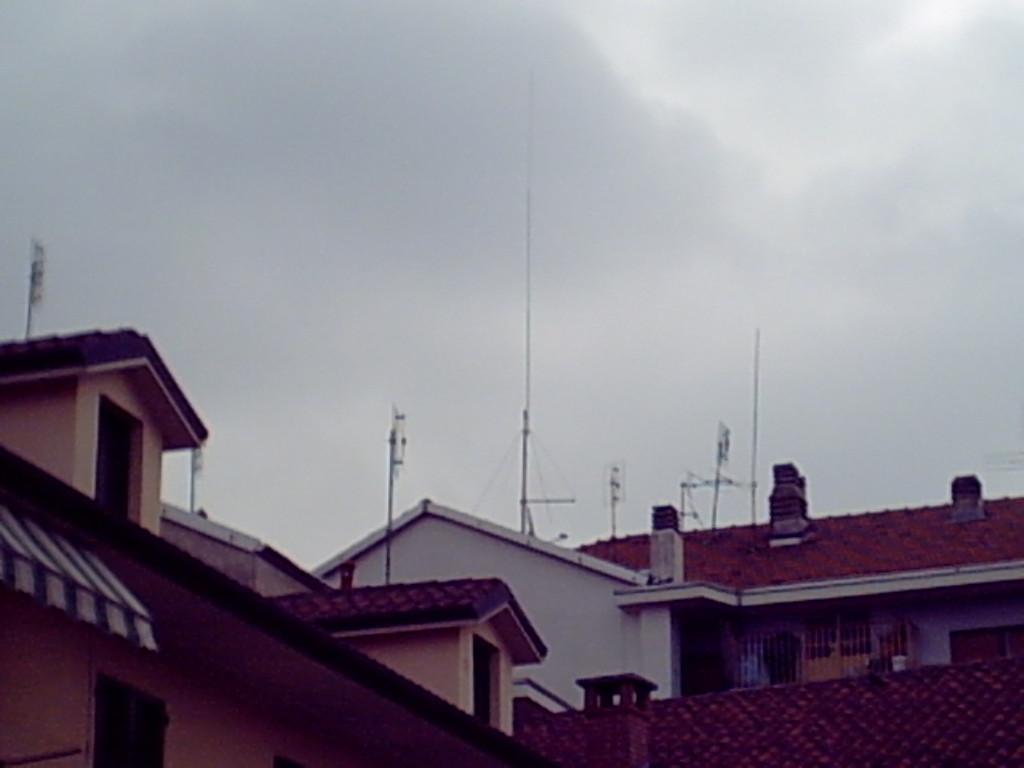 Imax 2000- freccia sui tetti della prov. (TO)