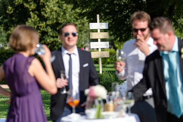 Orientierungsschild für Hochzeiten von der Hochzeitsagentur Efi