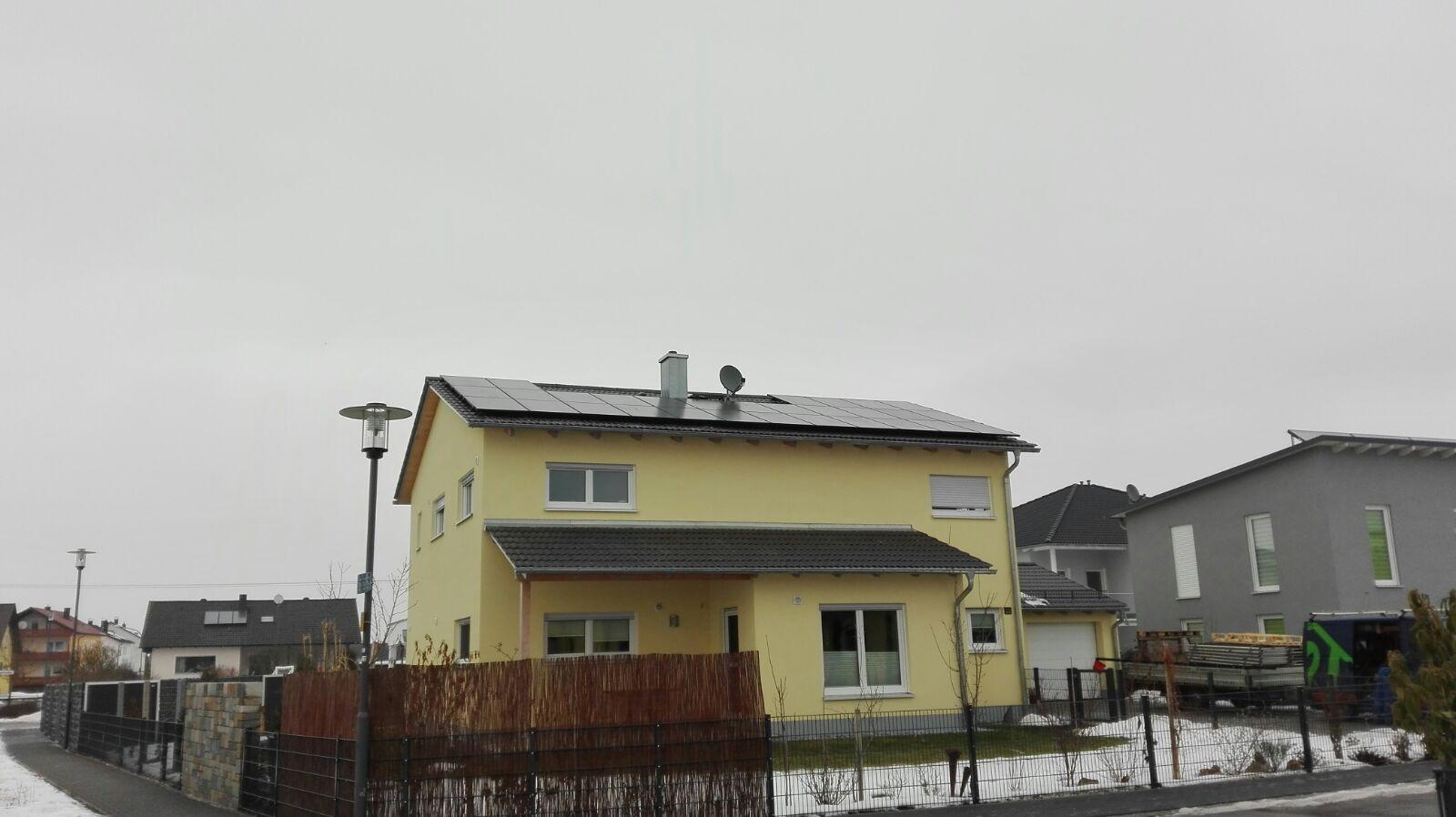 photovoltaikanlage mit speicher f r enerix in freilassing montiert speicherhelden. Black Bedroom Furniture Sets. Home Design Ideas