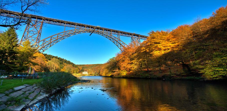 Müngstener Brücke - höchste Eisenbahnbrücke Deutschlands
