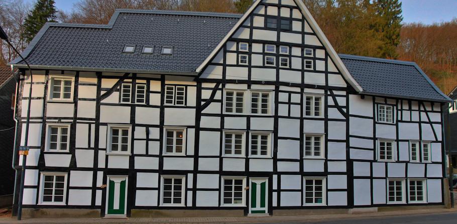 Die Burgresidenz - altes Fachwerkhaus aus dem 17. Jahrhundert