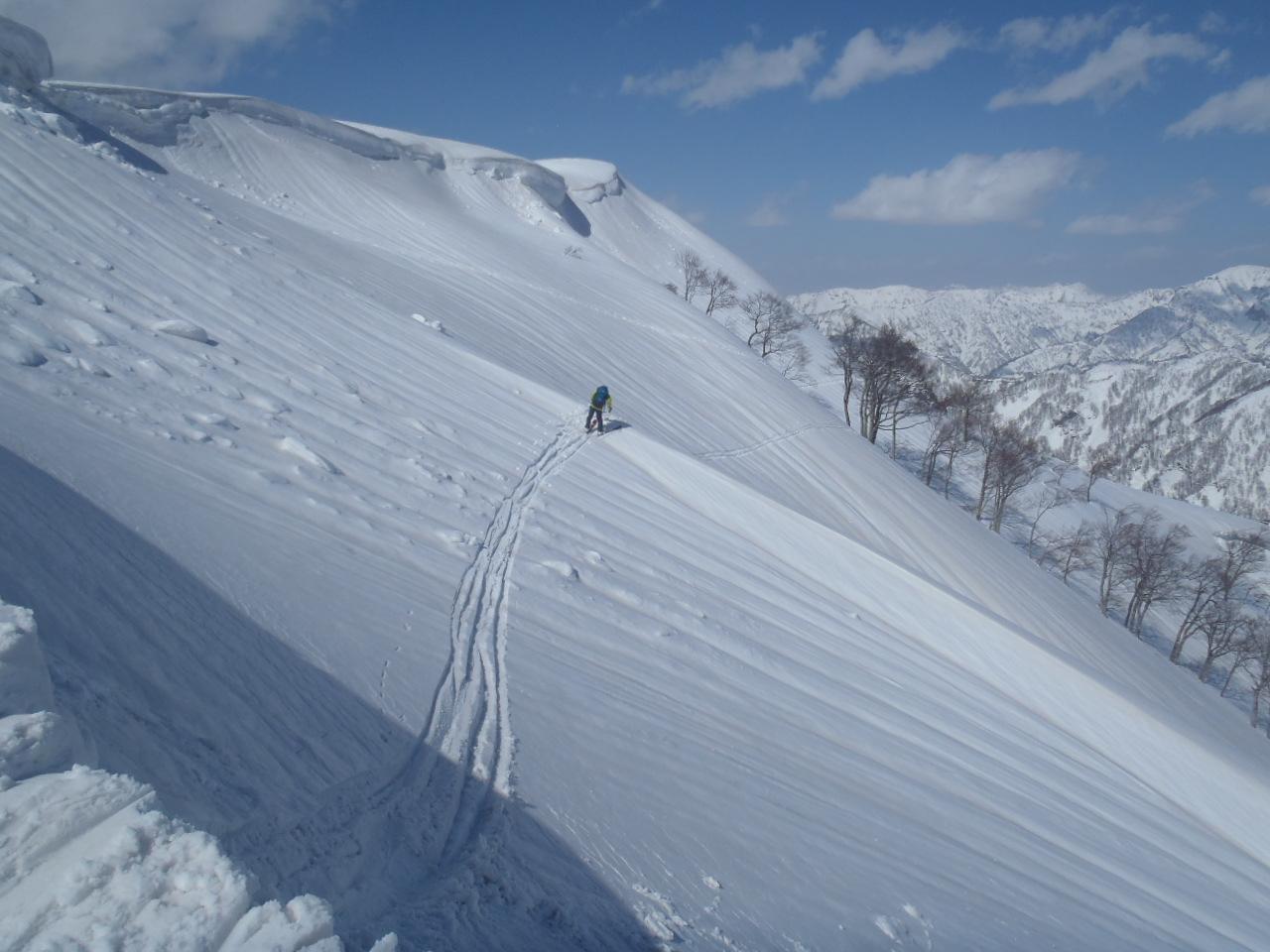 1430_小倉山をトラバース