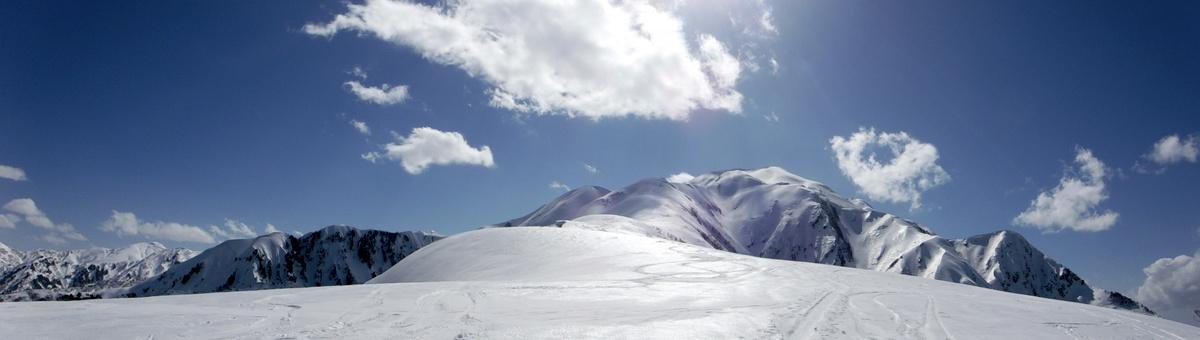 小倉山付近よりの主脈稜線