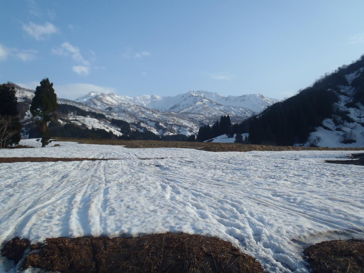 焼山温泉からの高松山,昼闇山