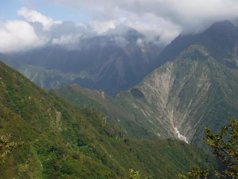 五竜岳付近よりオカメノゾキ方面