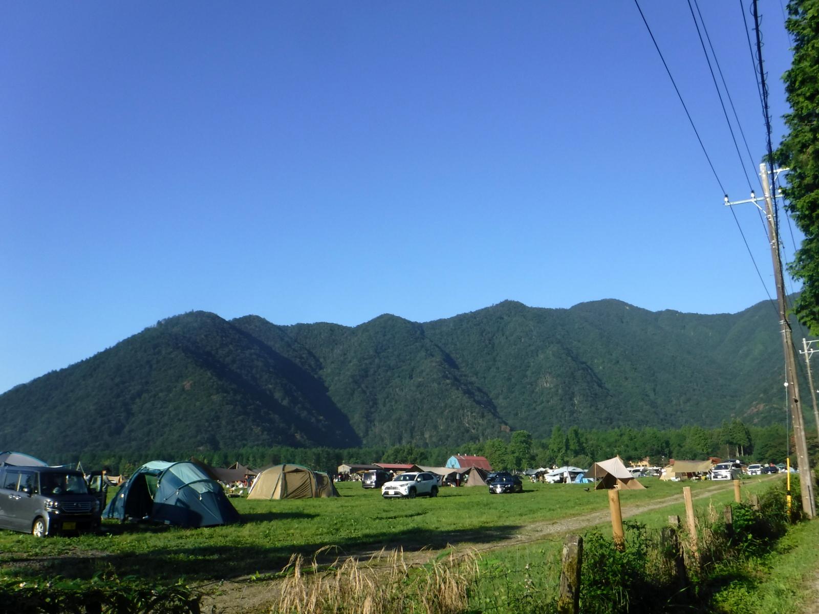 登山口手前のオートキャンプ場、星が良く見えそう