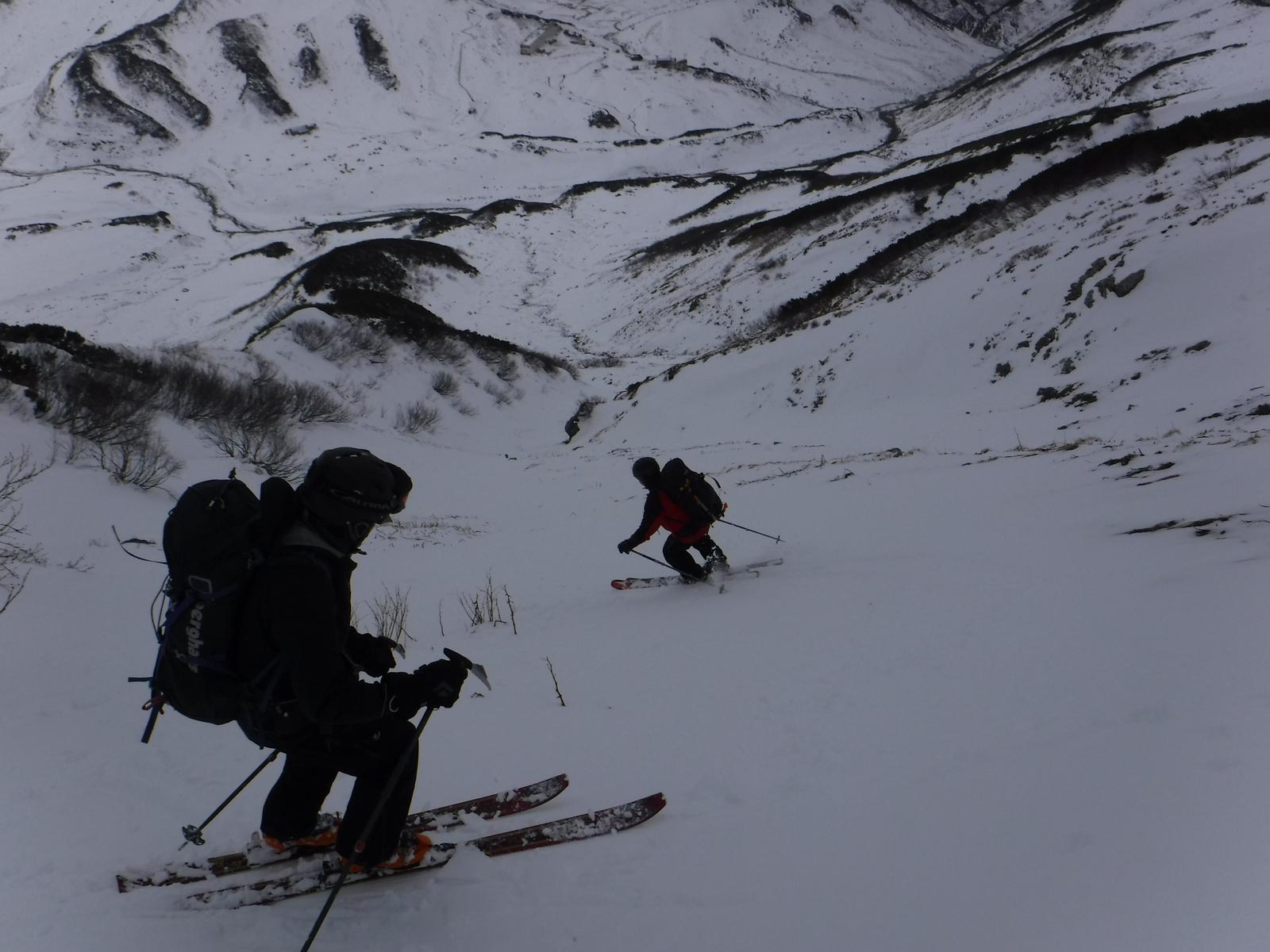 11/22 12:50 雷鳥沢2450m付近から滑降