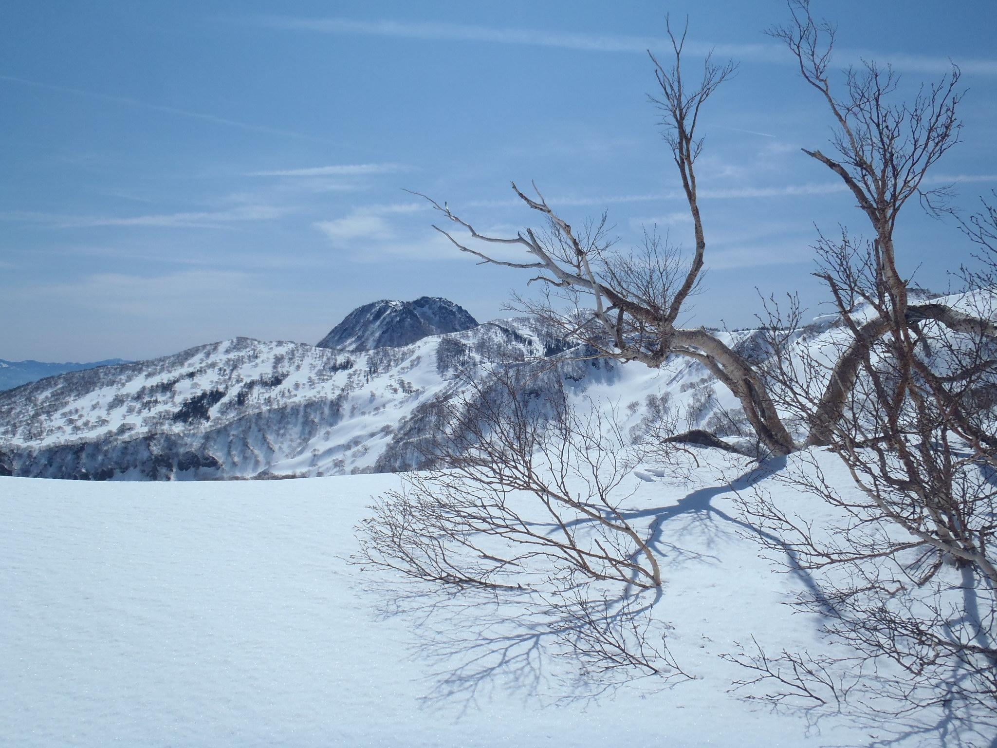 神奈山と妙高本峰