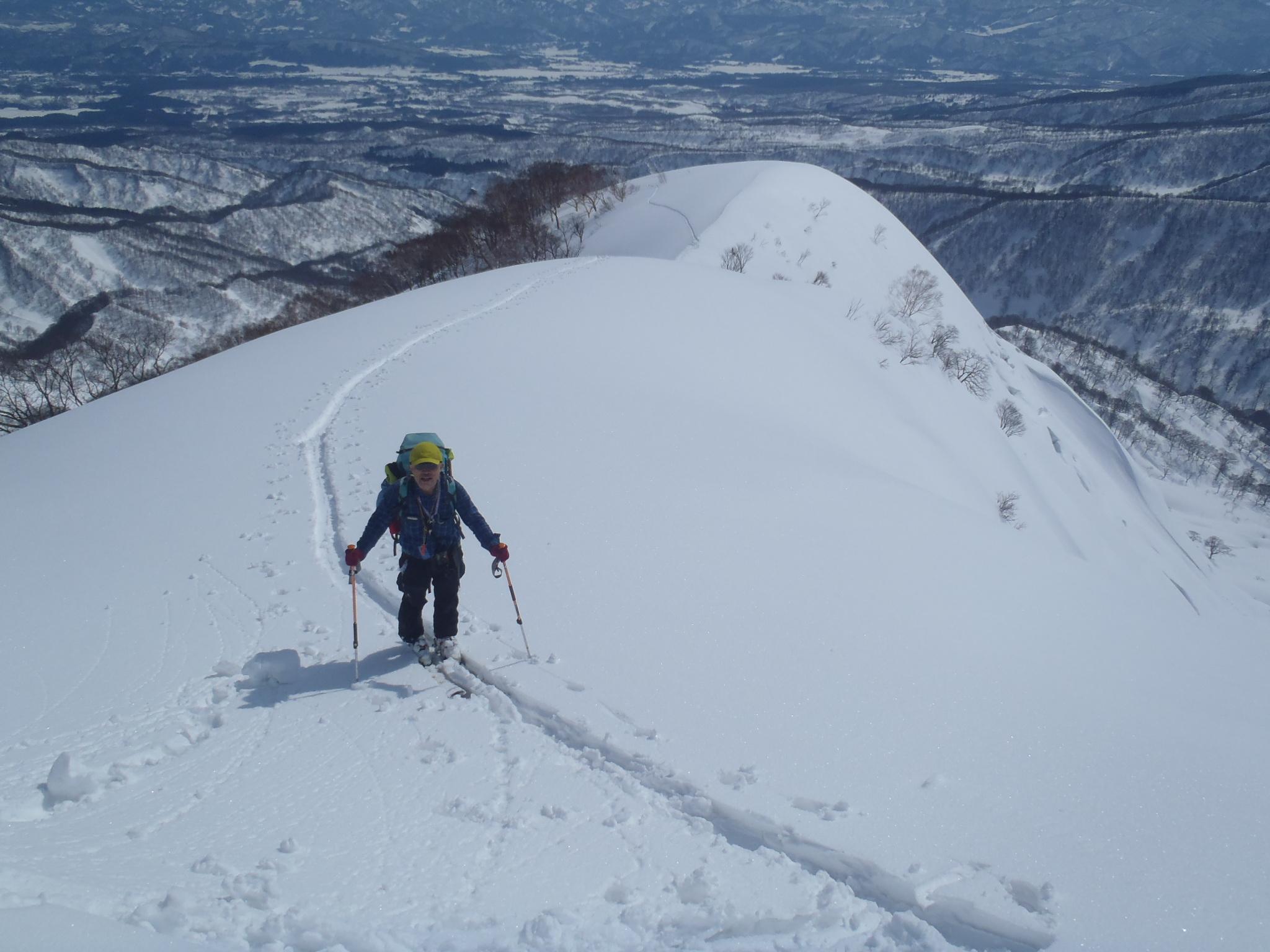 容雅山への登路