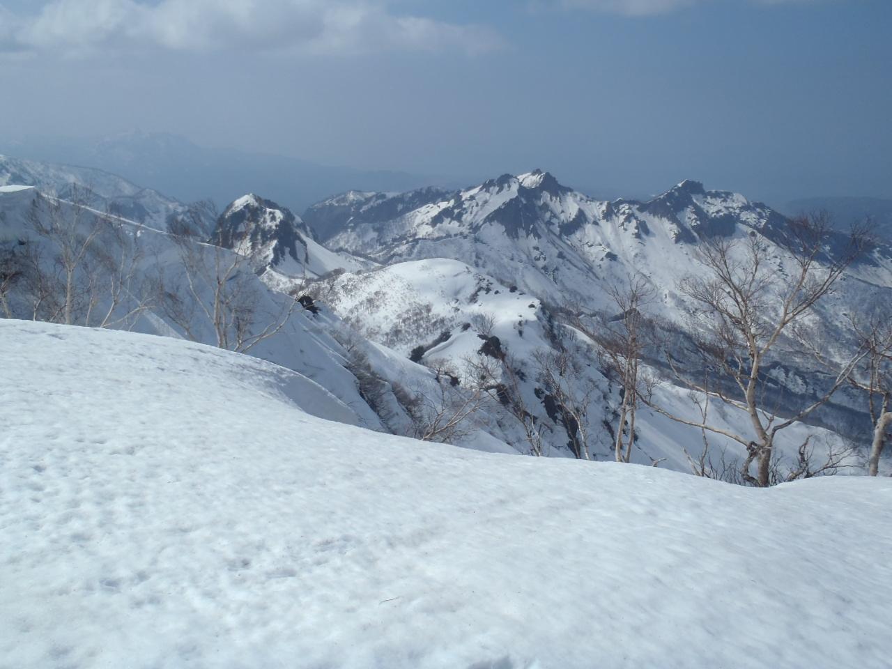 海谷山塊(昼闇山頂)