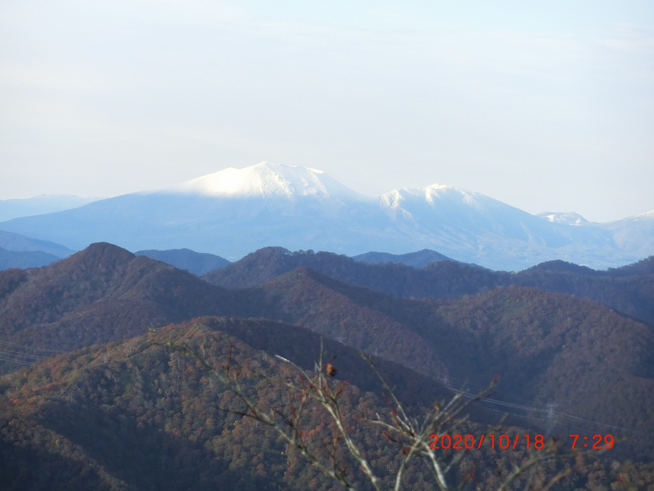 浅間山も初冠雪