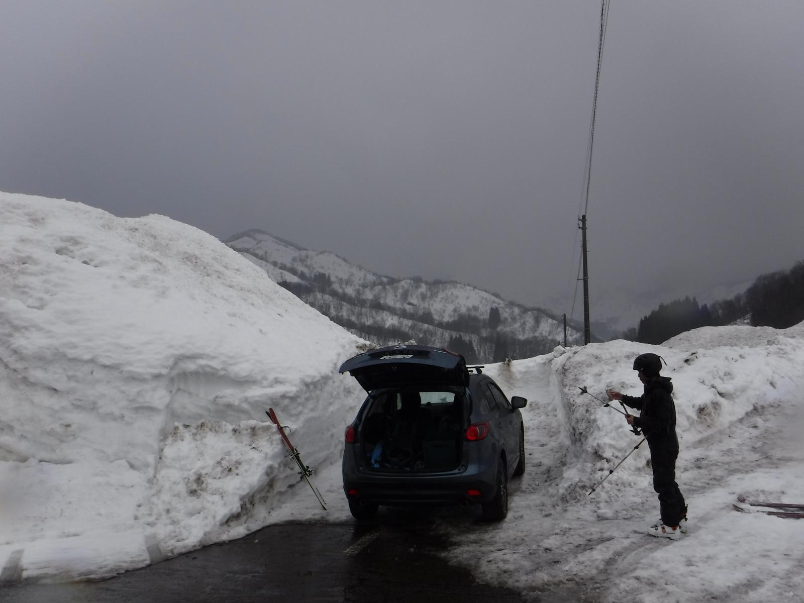 14:00 西野谷、除雪終了点
