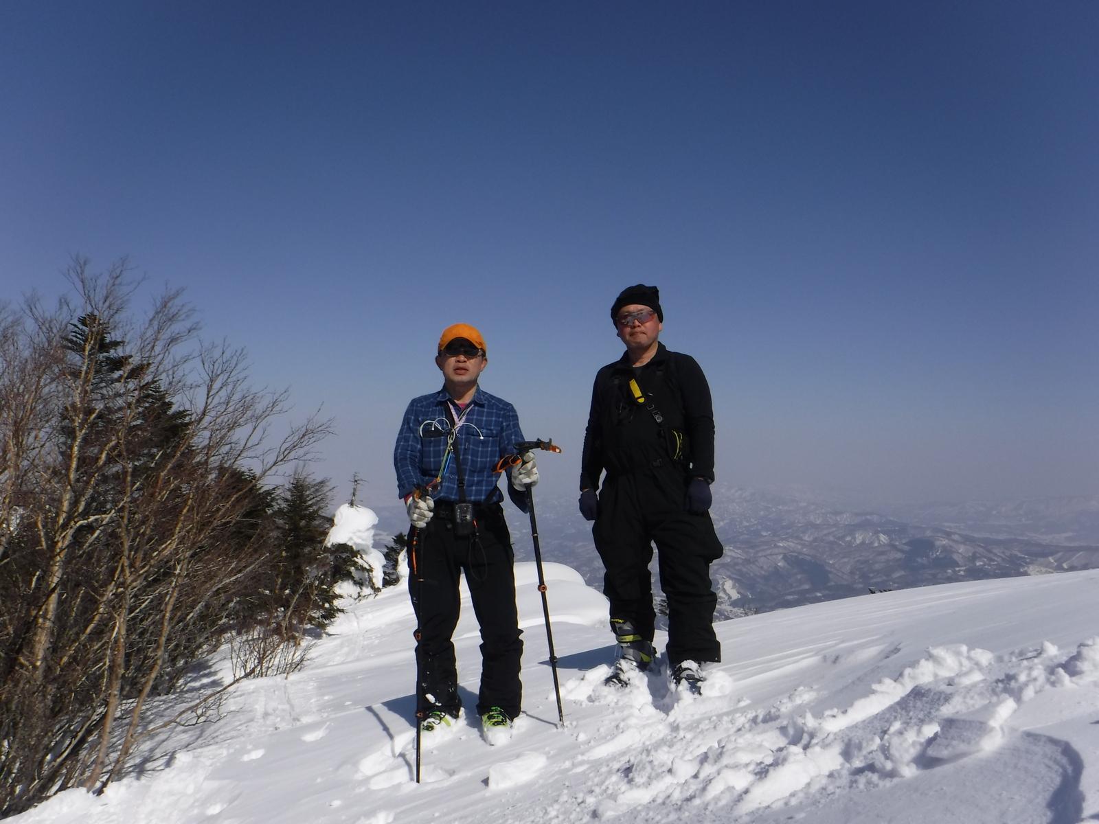13:00 黒姫山頂 2053m、