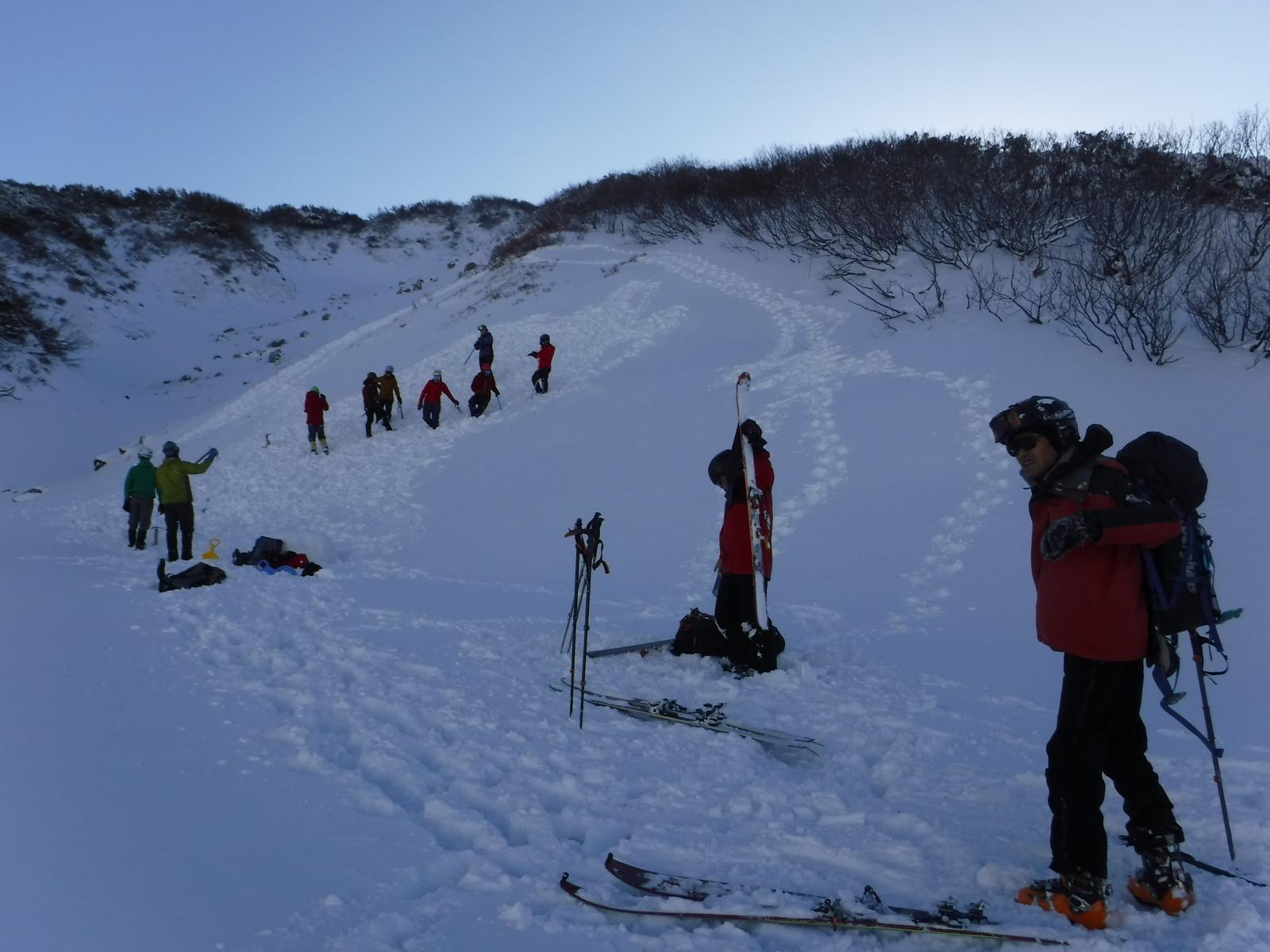 11/21 15:00 キャンプ場脇で雪訓 気温-1℃